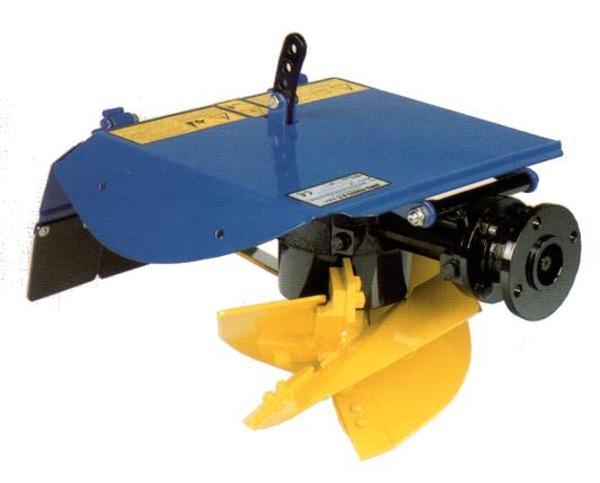 Aratro rotativo berta per motocoltivatore motocoltivatori for Aratro per motocoltivatore goldoni